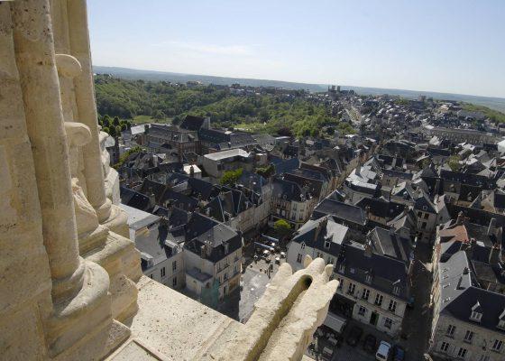 La cité médiévale de Laon et le Familistère de Guise