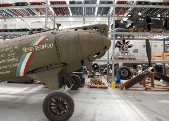 Visite des ateliers de restauration du Musée de l'Air et de l'Espace à Dugny